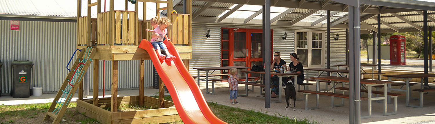 Finniss General Store - Outdoor Dining & Playground
